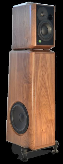 grand monitor pro-gamme-massif-face trois-quart-enceinte acoustique active haut de gamme